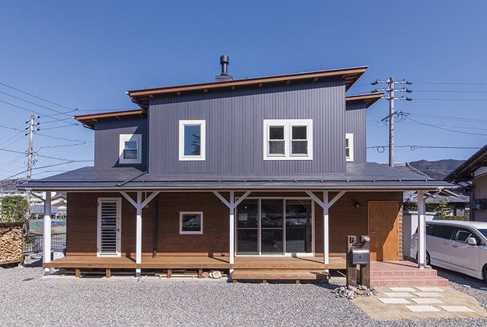 揖斐川町K様邸「薪ストーブのあるマリンスタイルの家」
