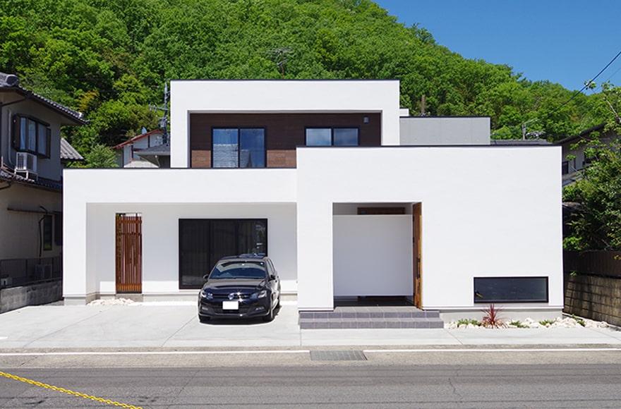 岐阜市Y様邸「機能的なネイルサロン併設の家」