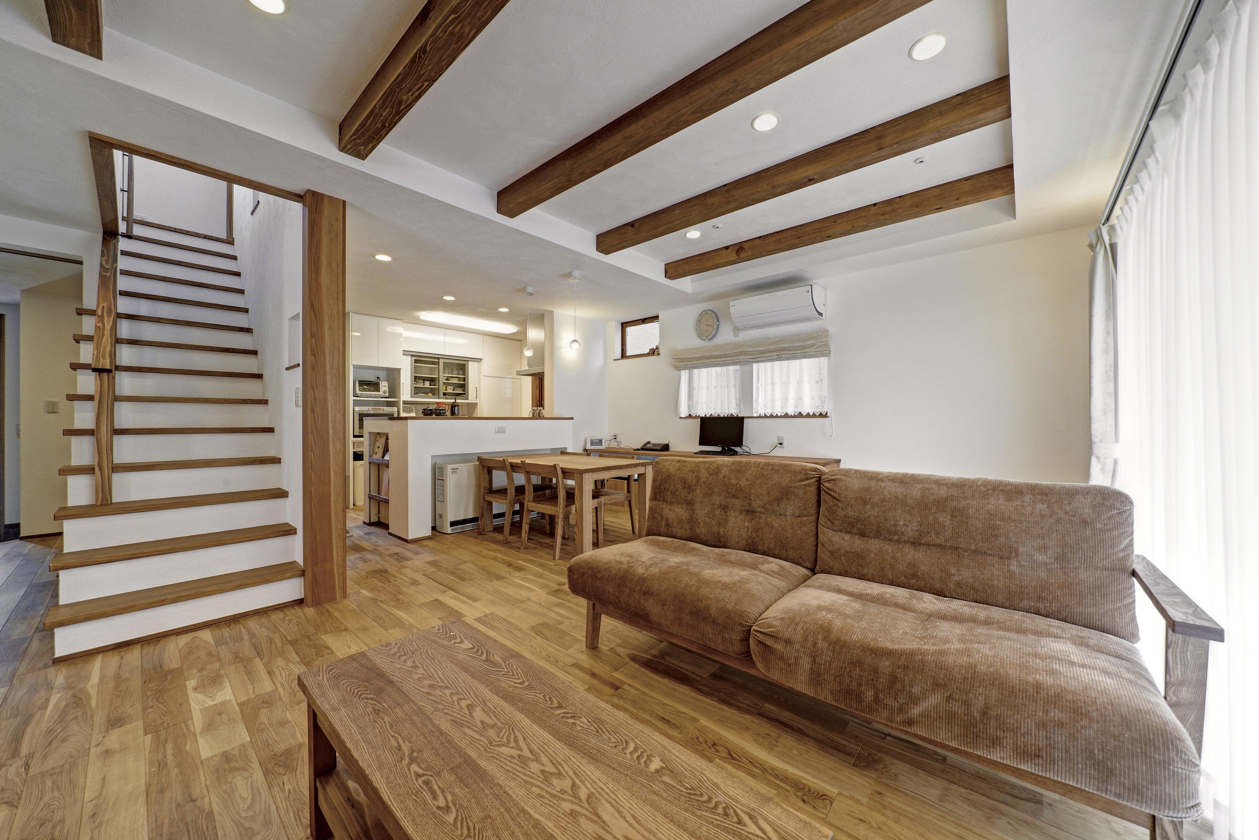 春日井市M様邸「オーガニックカフェのような自然素材の家」
