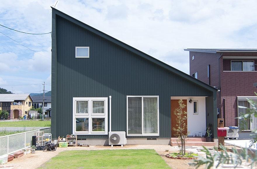 各務原市T様邸「個性的な平屋風の外観とナチュラルな北欧スタイル」