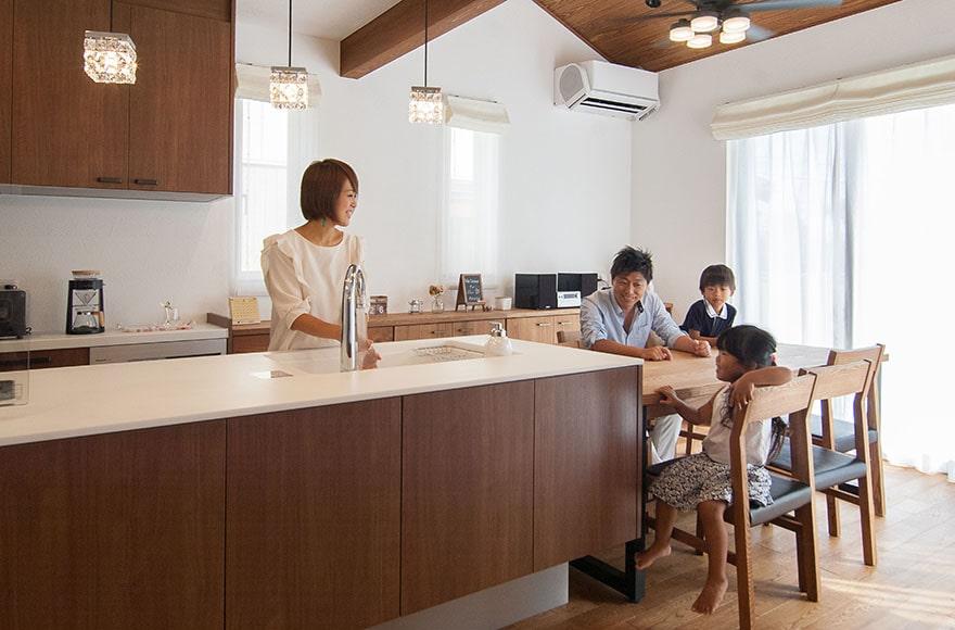 大野町K様邸「家族の思いを7年間詰め込んだ和×洋の二世帯住宅」