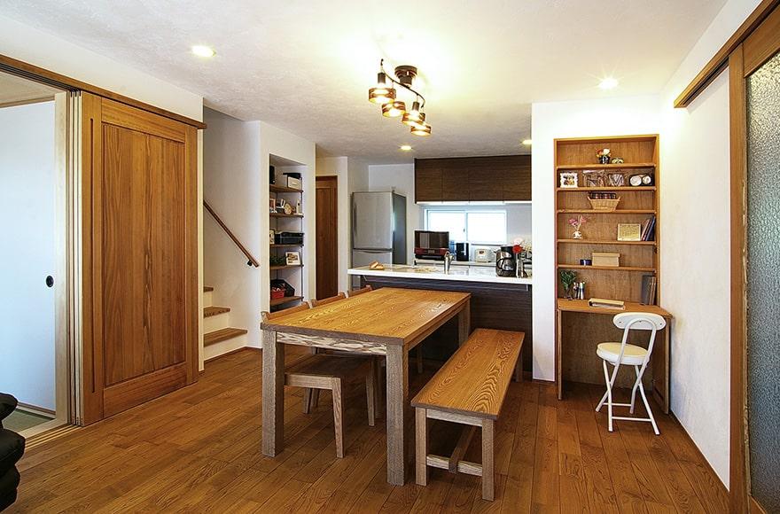 神戸町M様邸「豊富な収納で明るくスッキリ暮らす家」