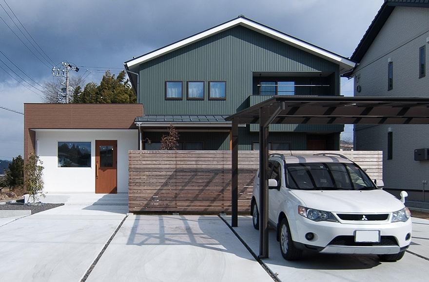富加町F様邸「美容室×住宅×広々リビングのナチュラルな家」