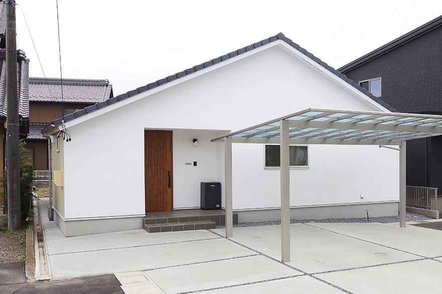 岐阜市A様「シンプルなコの字型の平屋の家」