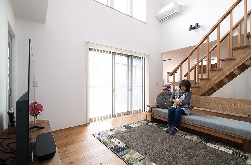 一宮市N様邸「スケルトン階段と大きな吹抜けで開放的な家」
