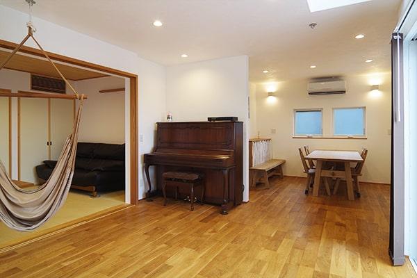 岐阜県瑞穂市T様邸「ピアノの音が聞こえる吹抜けのある家」